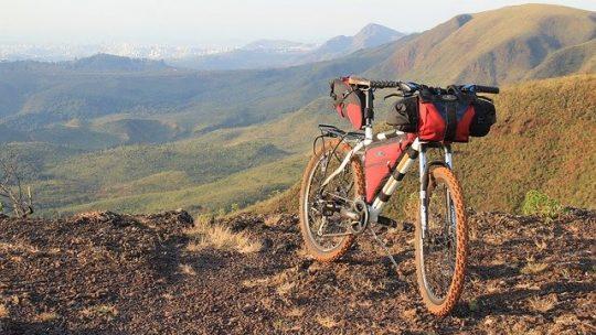 Viaggiare in bikepacking: cos'è e cosa serve?