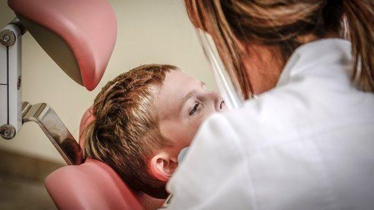 Perché scegliere gli impianti denti?